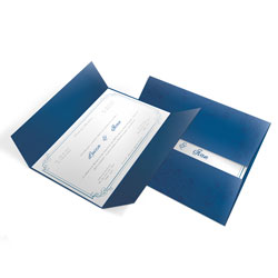 Convite de Casamento Clássico 07 Estampado Toronto - 100 unidades - 148x210mm em Envelope Color Plus Estampado Toronto 180g - Lâmina Couché 250g - 4x0 - Sem Cobertura - Faca Padrão (cód. 12409)