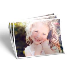 Revelação de Fotos - 100 unidades - 100x150mm em Premium 210g - 4x0 - Brilhante - Com Borda (cód. 21635)