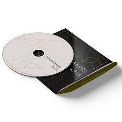 Envelope CD e DVD Colado - 1.000 unidades - 125x125mm em Couché Brilho 250g - 4x4 - Verniz Total Brilho Frente - Faca Padrão (cód. 11069)