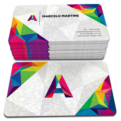 Cartão de Visita - 250 unidades - 48x88mm em Couché Brilho 300g - 4x4 - Laminação Holográfica - 4 Cantos Arredondados (cód. 3944)