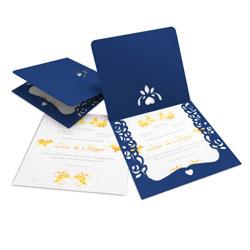 Convite de Casamento Romântico 07 Azul - 300 unidades - 240x215mm em Envelope Color Plus Azul  - Lâmina Interna Diamond Telado  180g - 4x0 - Sem Cobertura - Faca Padrão (cód. 14724)