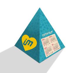 Calendário de Mesa Pirâmide Simples - 3.000 unidades - 160x294mm em Reciclato 240g - 4x0 - Sem Cobertura - Faca Padrão (cód. 2409)