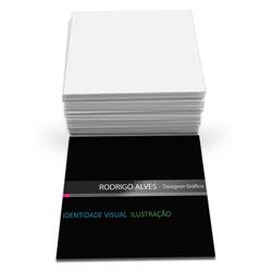 Cartão de Visita - 40.000 unidades - 43x48mm em Couché Fosco 300g - 4x0 - Verniz Localizado Frente -  (cód. 6806)