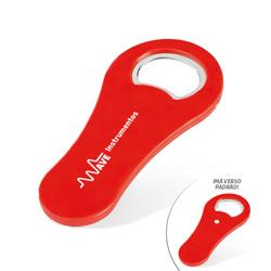 Abridor de Garrafas Personalizado Vermelho - 50 unidades - 50x105mm em Plástico  - 4x0 - Sem Cobertura - Personalizado - Com Imã (cód. 22361)