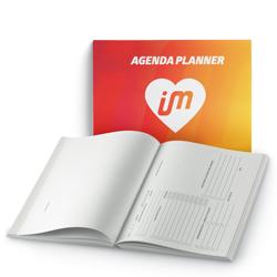 Agenda Planner 96 páginas - 1 unidade - 230x160mm em Pólen Soft 80g - 1x1 - Laminação Fosca Frente - Cantos Arredondados - Lombada Quadrada - Elástico e Ilhós Preto (cód. 28002)